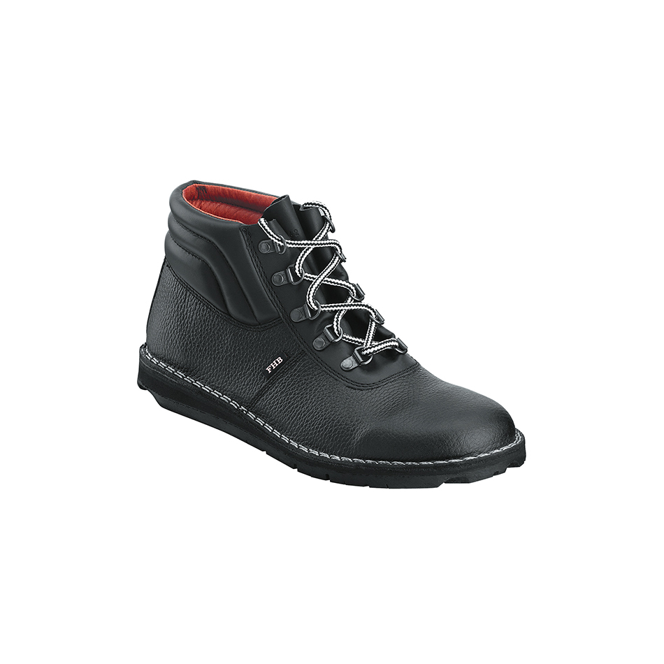 Black leather roofers boot with laces